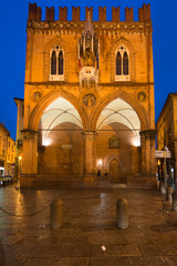 Palazzo della Mercanzia by night