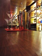 Coctelera en un bar