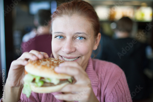 beauty woman in cafe