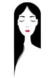 目を閉じたロングヘアの女性