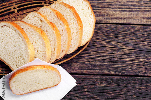 Slices white bread