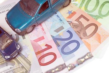 Autos und Euro Geldscheine