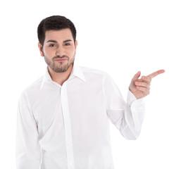Skeptischer Mann isoliert in weiß mit Zeigefinger