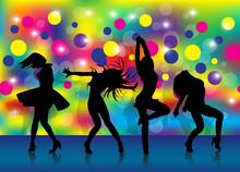 Filles dansent dans un club 1