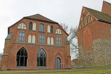Zisterzienserinnenkloster Zarrentin (1246, Mecklenburg-V.)
