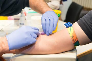 Blut abnehmen - Blut spenden