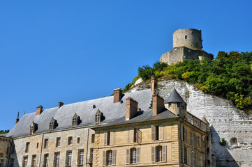 France, the picturesque village of La Roche Guyon