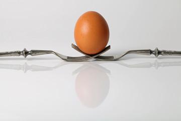 Ei auf zwei Gabeln