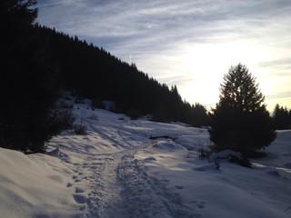 montagne soleil couchant