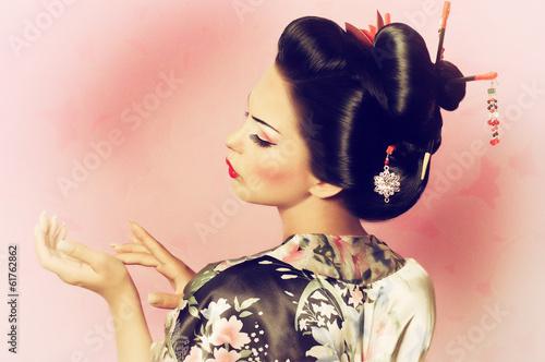 Portrait of a Japanese geisha woman - 61762862