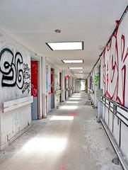 couloir abandonné