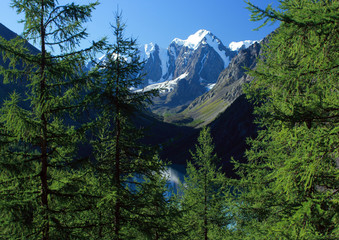 Mountain Altai. Lake Shavlinskoe.