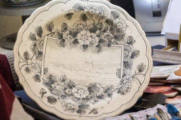 Making of a Delft blue plate