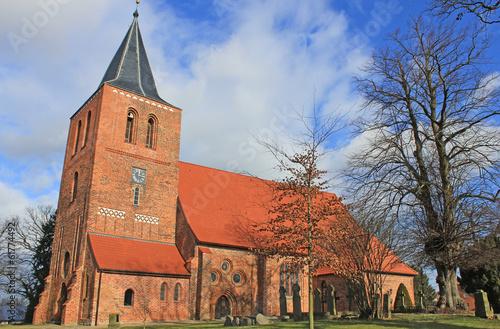 canvas print picture Gotische Dorfkirche Kalkhorst (14. Jh., Mecklenburg-Vorpommern)