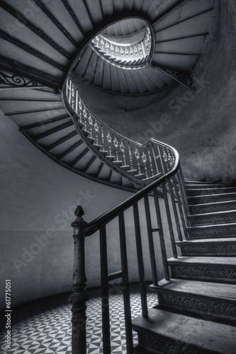 Stare spiralne schody - 61775051