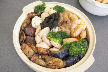 Poon Choi Cantonese Big Feast Bowl