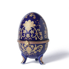 Decorated ceramic egg