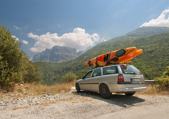 Car and kayaks in Vikos gorge