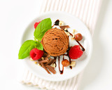 Mini chocolate hazelnut cake with ice cream