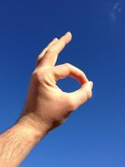 Handzeichen OK