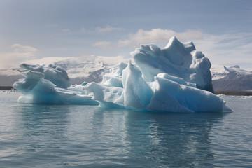 Iceland. Southeast area. Jokulsarlon. Icebergs and lake.