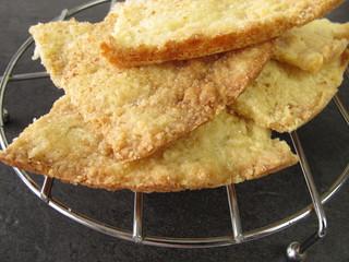 Selbst gemachtes Buttergebäck mit Zimt