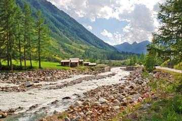 Die Lonza im Lötschental nahe des Weilers Kühmad