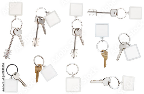 set of keys on ring with blank keychain