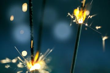 Brennende Wunderkerzen