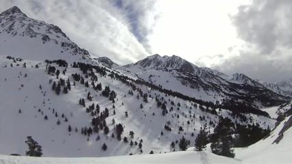 Paysage hivernal des Pyrénées