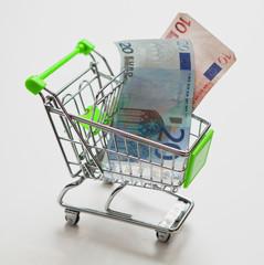 caddie de grande surface billet d'euro