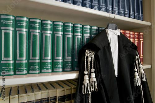 Leinwanddruck Bild toga avvocato
