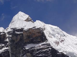 Face sud-ouest du Lobuche est - 6119 m - Népal