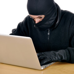 Hacker stiehlt Daten von Laptop