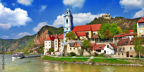 canvas print picture Durnstein near Vienna, lower Austria, pictoial Wachau valley