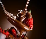 cioccolato e fragole - 61960886