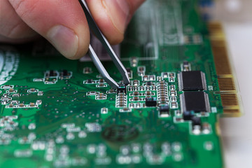 microchip fixing
