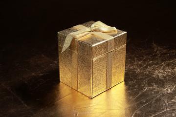 Geschenk Box Gold