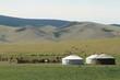 Jurten Siedlung in der mongolischen Steppe