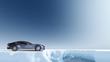 Britischer Sportwagen in arktischer Landschaft - 61989219