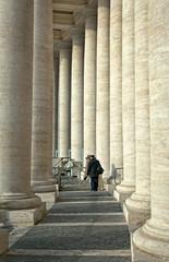colonnato della basilica di San Pietro Roma