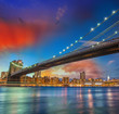 Wonderful panoramic sunset with Brooklyn and Manhattan Bridge -