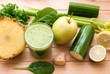 healthy green detox juice - 62022221