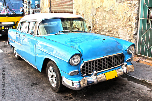 Old cuban car - 62027663