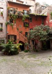 Casa in centro storico  a Roma