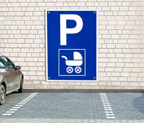 Parkplatz mit/für Kinderwagen