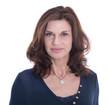 Gesicht: Attraktive ältere Geschäftsfrau isoliert