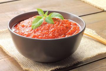 Tomato sauce with basil
