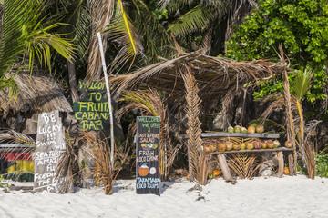 Strandbar an der Anse Source d´Argent auf La Digue