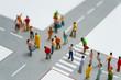 交差点と大勢の人々